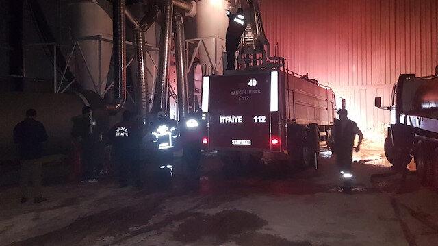 Yangında fabrikanın kazan bölümünde maddi hasar oluştu.