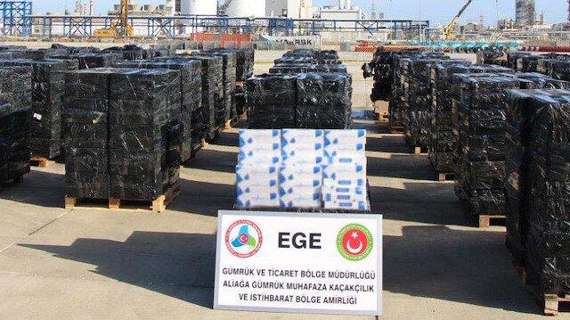 İzmir'de 500 bin paket kaçak sigara ele geçirildi.