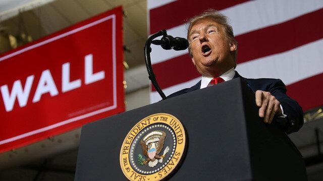 ABD Başkan Donald Trump, Teksas, El Paso'da düzenlenen miting sırasında konuşuyor.