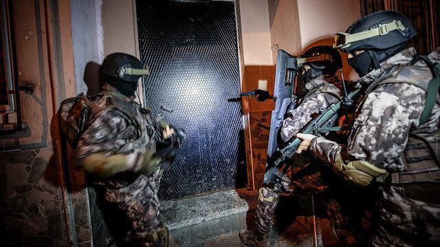 4 bin polisle şafak vakti uyuşturucu operasyonu