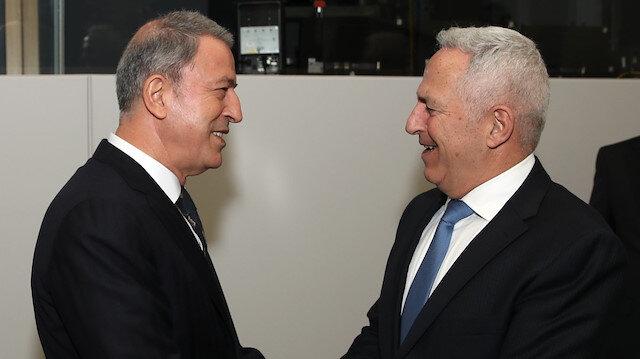 Milli Savunma Bakanı Akar, Yunanistan Savunma Bakanı Apostolakis'le görüştü.