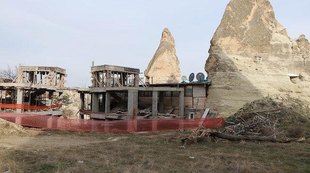 Peribacaları yanındaki otel inşaatı tepki çekmişti.