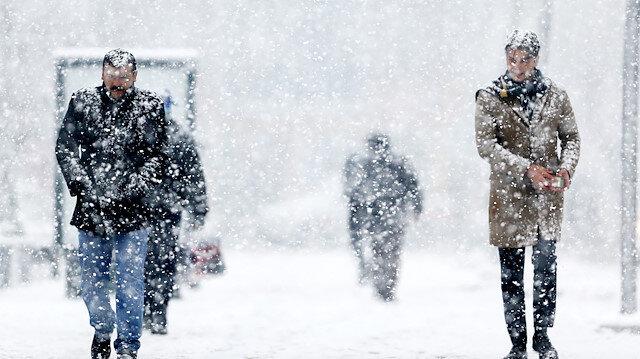 Meteorolojiden yoğun kar yağışı uyarısı yapıldı.