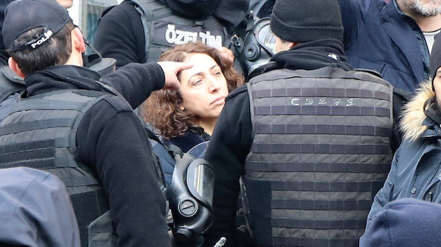 HDP'li vekil Saliha Aydeniz polisin kolunu ısırmıştı.