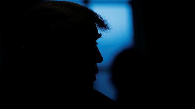 ABD Başkanı Donald Trump Beyaz Saray'daki kabine toplantısında.