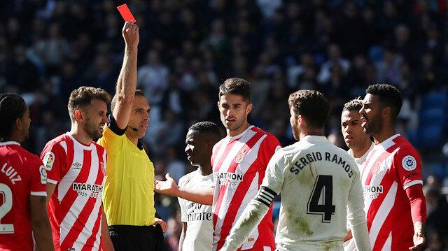 Real Madrid'de Ramos kırmızı kart gördü.