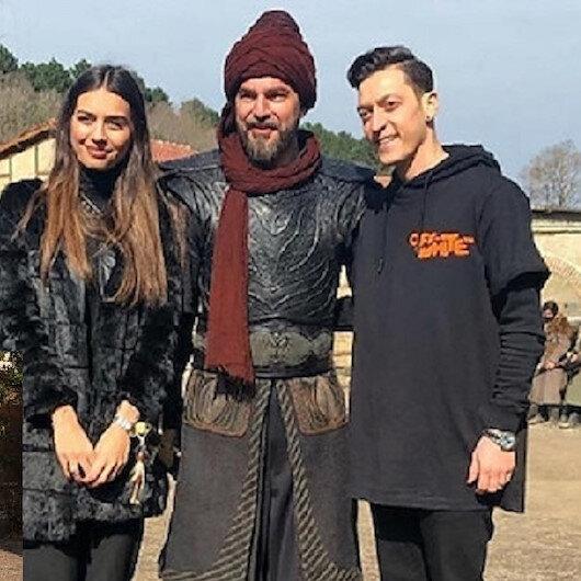 ما سر الصورة التي تجمع مسعود أوزيل مع بطل مسلسل قيامة أرطغرل في موقع التصوير؟...لكم التفاصيل