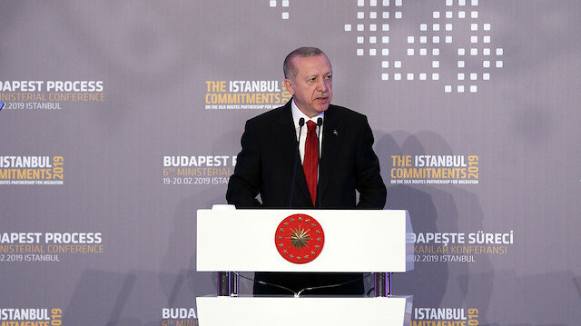 Erdoğan: Yeni bir göç dalgasını tek başına göğüsleyemeyeceğiz