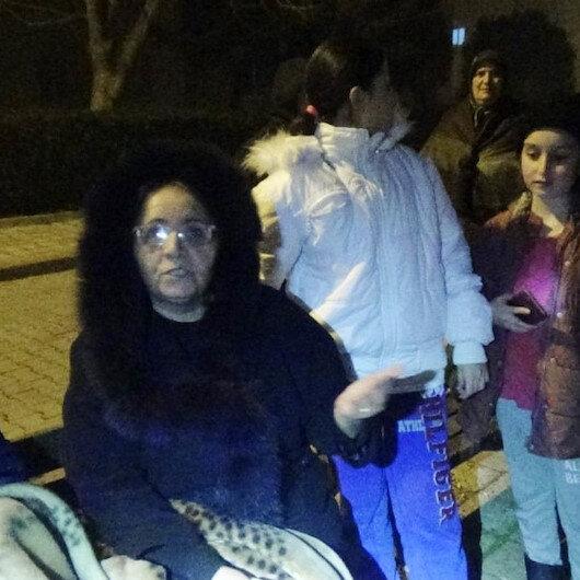 İstanbul'da deprem paniği: Vatandaş sokağa döküldü