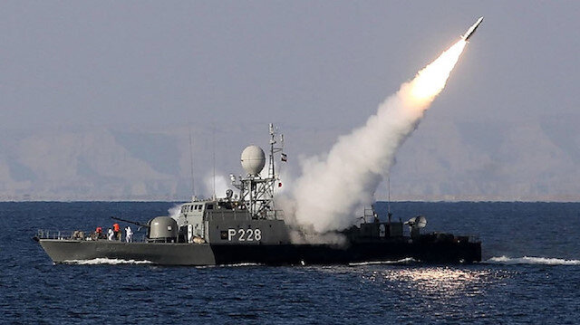 Iran to test submarine-launched missiles in massive naval drills
