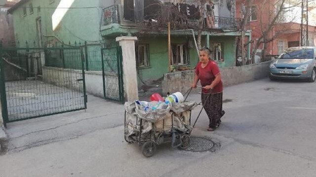 Eşi hastalanınca sokak sokak gezip atık toplamaya başladı