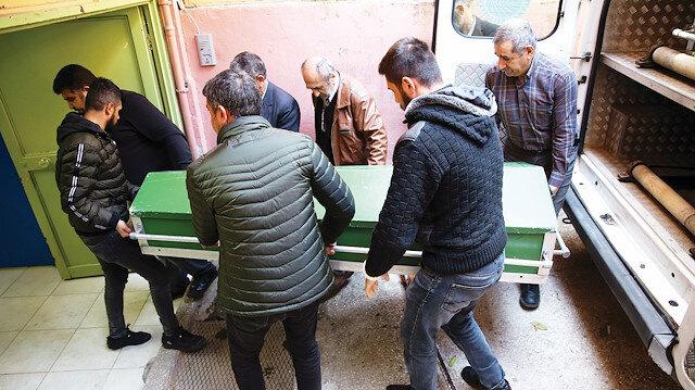 Cenaze, otopsi için Adana Adli Tıp Kurumu'na kaldırıldı.