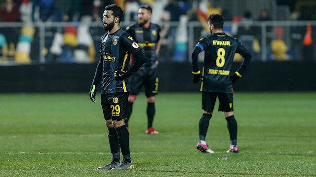 Yeni Malatyaspor 1-0 kaybettiği 120 dakika sonucunda penaltılarda rakibini tur dışına itti.