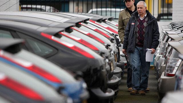 Araç pazarı yüzde 52.2 daraldı
