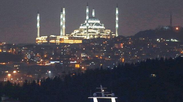 Çamlıca Camii'nde ışık testi