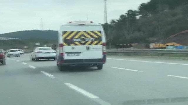 Okul servisiyle makas atan trafik magandası kamerada