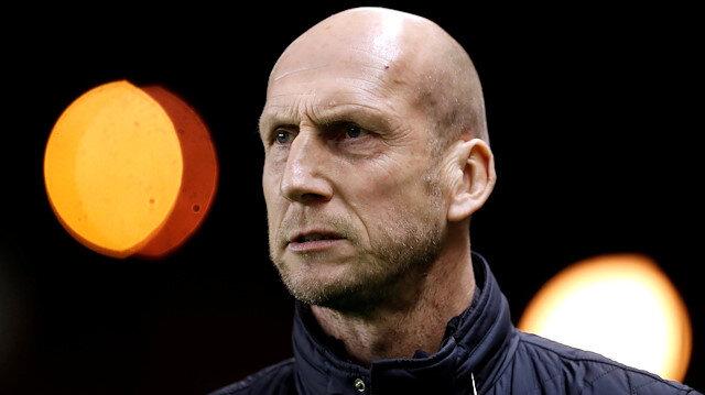 Feyenoord yeni sezonda Stam'ı takımın başına getiriyor