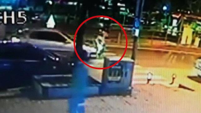 Yaya geçidindeki yaşlı adama otomobil çarptı