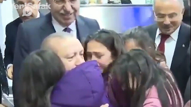 Cumhurbaşkanı Erdoğanı görünce ağlamaya başladılar
