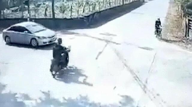Araçların sırayla bir diğerine çarptığı kaza kamerada