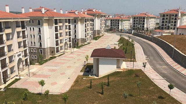 TOKİ 6 bin 300'ü İstanbul'da olmak üzere yurt genelinde 50 bin sosyal konut inşa edecek.