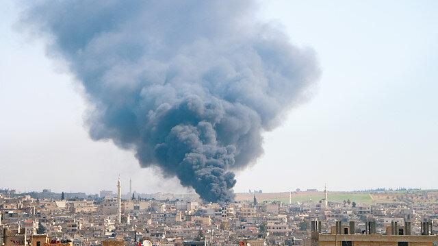 Esed İdlib'i vuruyor