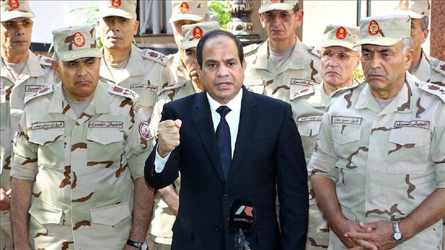 السيسي يعين مسؤولا بارزا بالجيش وزيرًا للنقل