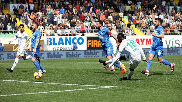 Cisse, gol attığı maçta 2 penaltı kaçırıdı.