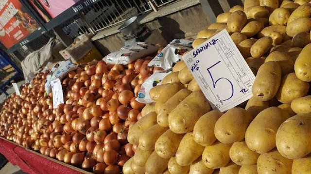 Ödemiş'te patates 5, soğan 7 lira