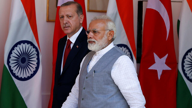 Erdoğan Discusses Indo-Pak Border Tensions With Modi Over