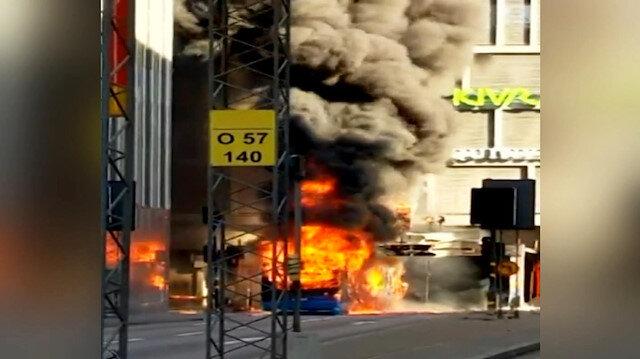 İsveçte otobüsteki patlama amatör kamerada