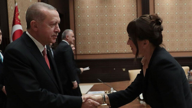Cumhurbaşkanı Erdoğan'dan Demet Akbağ'a taziye telefonu