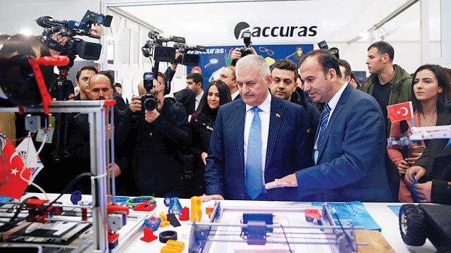 Binali Yıldırım, Uluslararası Dünya Akıllı Şehirler Kongresi'nin açılışına katıldı.