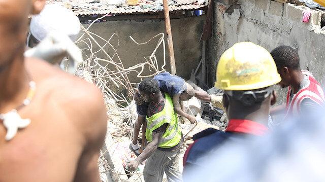 41 yaralı hastanelere kaldırıldı.
