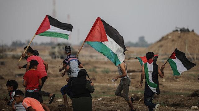 30 Mart 2018'den bu yana devam eden barışçıl gösterilere müdahalesinde, 230'dan fazla Filistinli şehit oldu.
