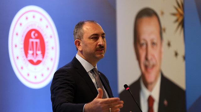 بعد تصويت البرلمان الأوروبي ضد انضمام تركيا.. وزير تركي يردّ بقوة