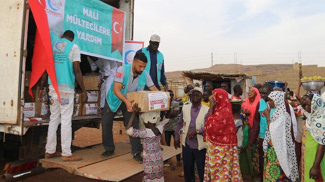 """جمعية """"جانسويو"""" التركية توزع مساعدات إنسانية في مالي وكوت ديفوار"""