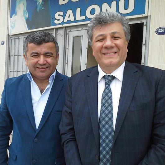 Bayraklı'da CHP'li 3 belediye meclis üyesi partisinden istifa etti