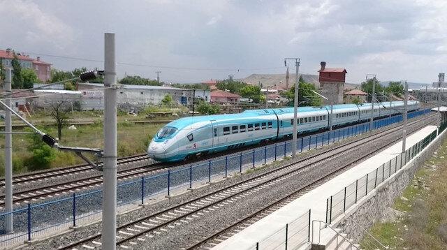 Yüksek hızlı trenin saat ve duraklarında değişiklik