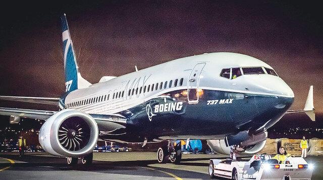 Boeing 737 MAX tipi yolcu uçağı.