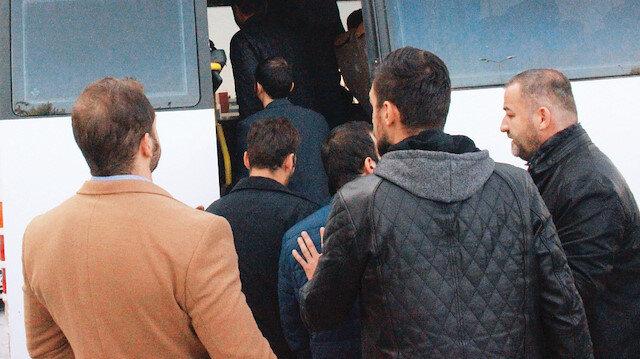 Görevdeyken ihraç edilen personelin tamamına yakınının, FETÖ iltisakı tespit edilip daha önce geçici olarak görevden uzaklaştırılmış ya da açığa alınmış personel olduğu öğrenildi.