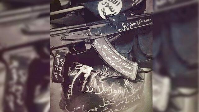 DEAŞ'lı bir teröriste ait üzerinde 'intikam' mesajları bulunan silah.