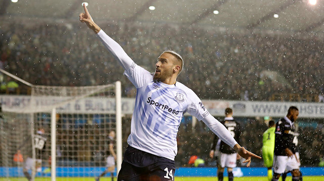 Cenk Tosun bu sezon Everton formasıyla çıktığı 25 resmi maçta (bin 111 dakika) 3 gol atarken 3 de asist yaptı.