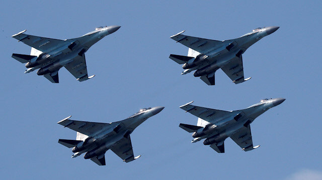 Egypt signs $2 bln deal to buy Russian fighter jets