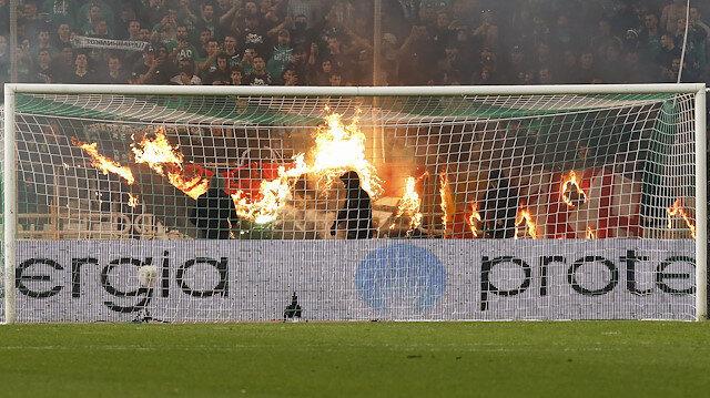 Panathinaikos ile Olympiakos maçı yarıda kaldı