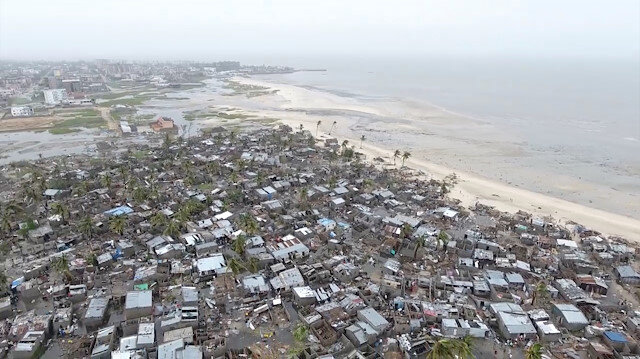 UN says 1.7 million in path of cyclone in Mozambique