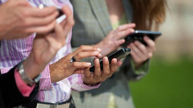 3-24 yaş arası bireyler dijital bağımlılık kıskacında