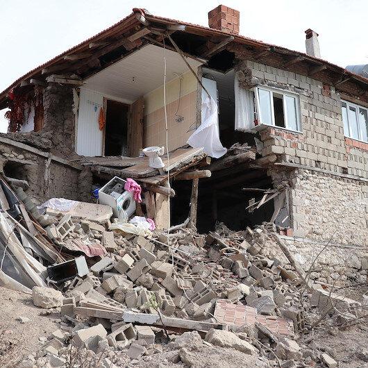 Acıpayam'daki depremin ardından 375 artçı