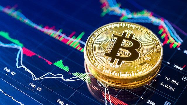 her hafta 10 bin dolarlık Bitcoin aldığını da açıklayan Dorsey, bu hamlesiyle kripto para piyasasını daha yaygın hale getirmeyi hedefliyor.