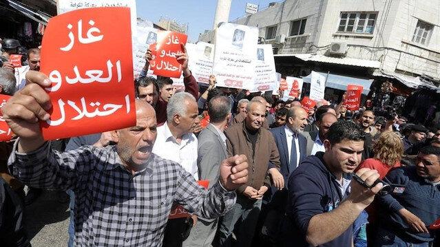 Ürdünlüler İsrail'le doğal gaz anlaşmasını protesto etti
